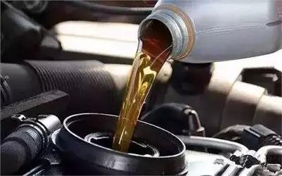 汽车机油多少公里增加粘稠,导致机油变稀的原因又有哪些呢?