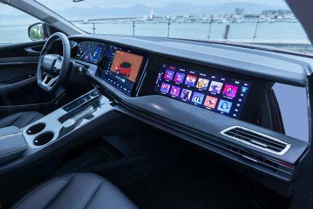 满眼都是屏幕的快感 体验天际ME7 5屏互联系统